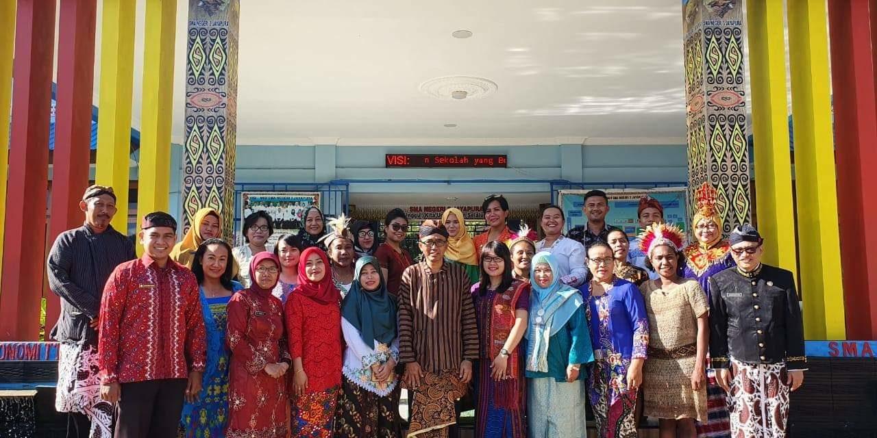 Event Pakaian Adat di SMA Negeri 3 Jayapura